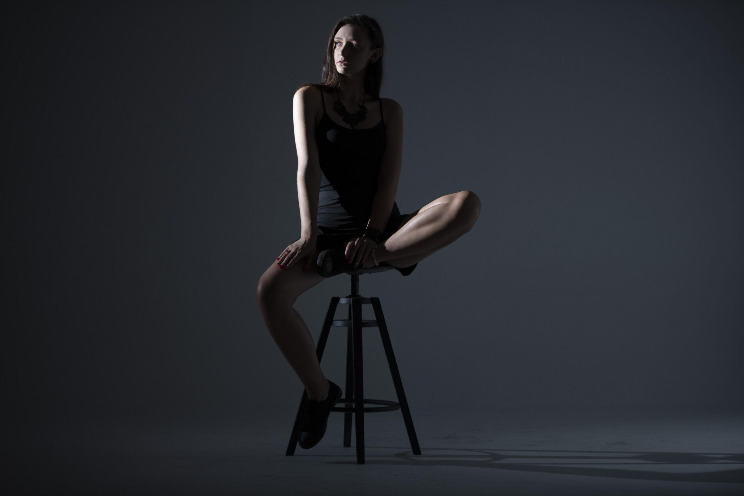 Kobieca sesja w studio w Łodzi